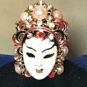 Geisha Cocktail Ring